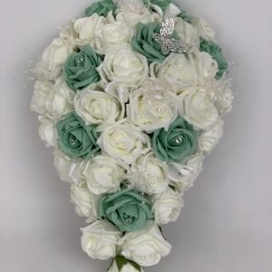 brides teardrop bouquet