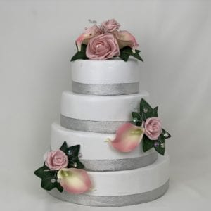 cake topper with calla Lillies