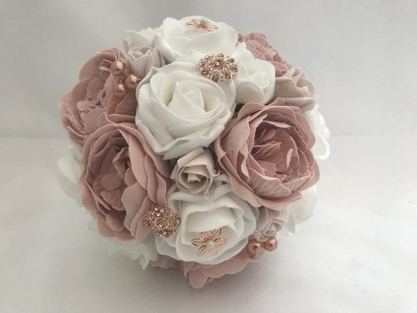 bridesmaid posy rose gold