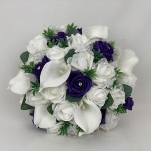 Brides posy with calla Lillies